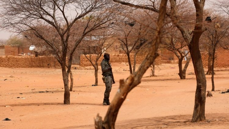 Burkina faso rise of jihadism - pregnant woman and 5 people killed